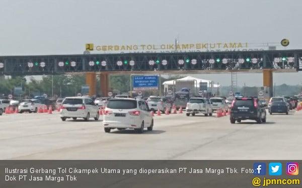 GT Cikampek Mulai Padat, H-7 Lebaran 57.405 Kendaraan Meninggalkan Jakarta - JPNN.com