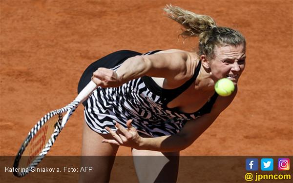 Katerina Siniakova Singkirkan Petenis Nomor 1 Dunia di Babak Ketiga Roland Garros - JPNN.com