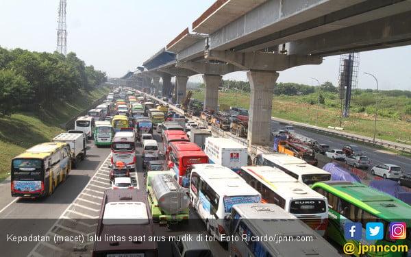 Jumlah Kecelakaan saat Arus Mudik Turun Drastis - JPNN.com
