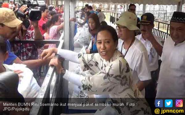Menteri Rini Ikut Jualan 3 Ribu Paket Sembako Murah - JPNN.com