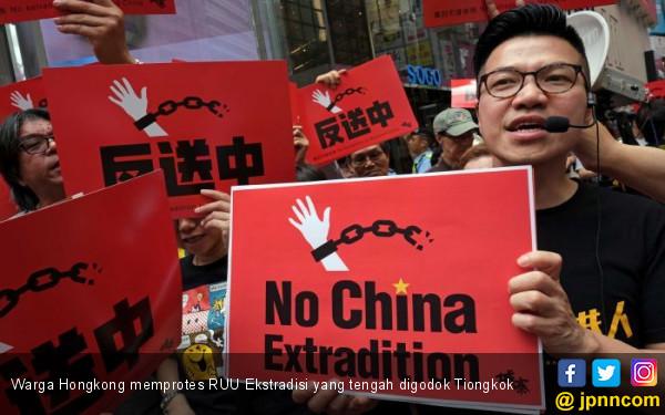 Warga Hong Kong Tak Percaya Lagi Pemimpin Pro- Tiongkok - JPNN.com