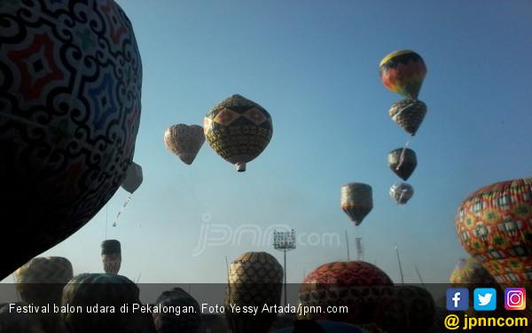 Rayakan Idulfitri dengan Terbangkan Balon Udara, Belasan Warga Madiun Ditangkap Pak Polisi - JPNN.com Jatim
