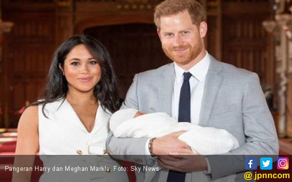 Pangeran Harry dan Meghan Markle Diminta Lepas Gelar Kerajaan Inggris - JPNN.com