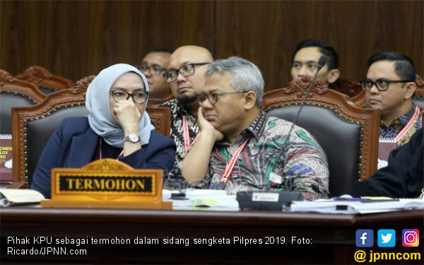 KPU Patahkan Keabsahan Amplop dari Saksi Prabowo - Sandi - JPNN.com