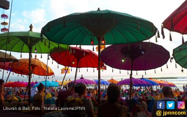 Tertipu Agen Travel, Biaya Liburan ke Bali Capai Rp 300 Juta - JPNN.com