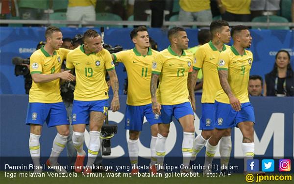 2 Gol Dianulir VAR, Brasil Ditahan Venezuela di Copa America 2019, Boo! - JPNN.com