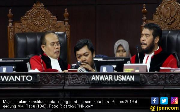Anak Buah Yusril jadi Saksi Prabowo, Bocorkan Materi Pelatihan Kubu 01 - JPNN.com