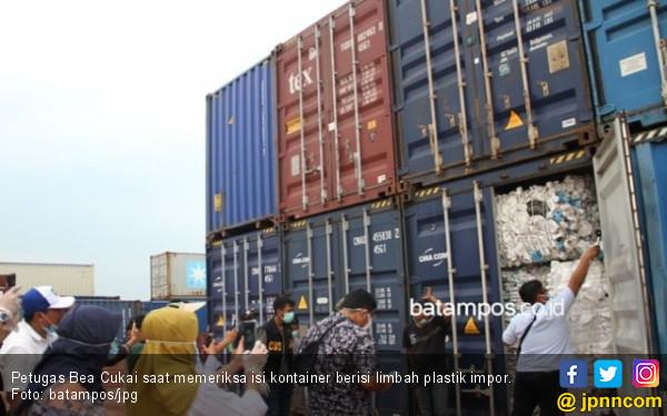 Wako Perintahkan Semua Sampah Plastik yang Diimpor akan Diperiksa KLH - JPNN.com