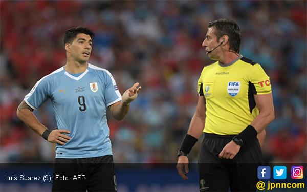 Uruguay vs Peru: Semua Bisa Beres di Tangan Luis Suarez - JPNN.com