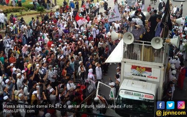 5 Berita Terpopuler: PA 212 Ogah Ucap Selamat Natal hingga Tulisan Ahmadiyah - JPNN.com