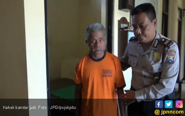 Bukannya Rajin Ibadah, Kakek 72 Tahun Malah Senang jadi Bandar Judi - JPNN.com