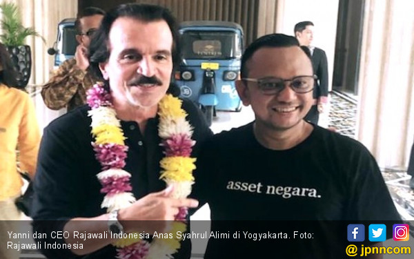Bakal Tampil di Prambanan Jazz, Yanni Sudah Tiba di Yogyakarta - JPNN.com