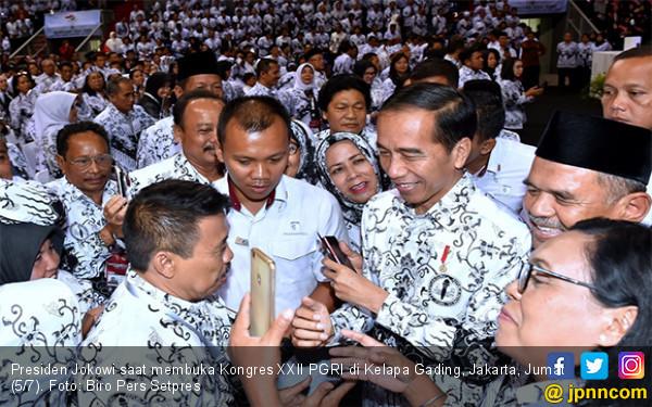 Pesan Pak Jokowi Untuk Para Guru - JPNN.com