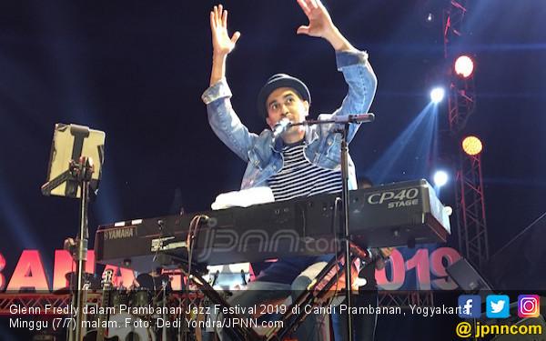 Glenn Fredly Sebut Penonton Prambanan Jazz Festival Makin Ramai Setiap Tahun - JPNN.com