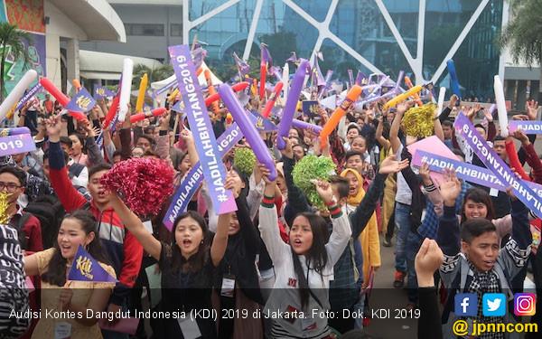 Ratusan Orang Berebut Jadi Penyanyi Dangdut di Jakarta - JPNN.com