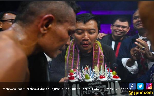 Ulang Tahun, Menpora Dapat Kado Terindah dari Peraih Juara Dunia - JPNN.com