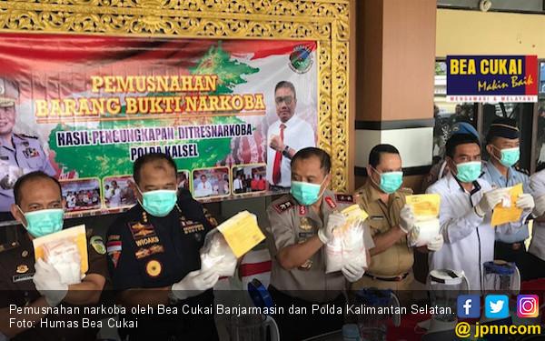 Sinergi Aparat Penegak Hukum Musnahkan 2,8 Kg Sabu-sabu - JPNN.com