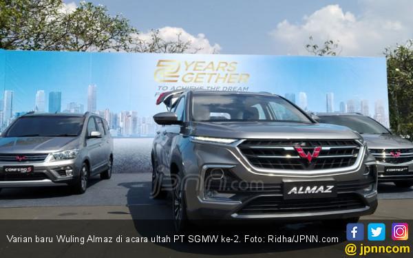 Penjualan Almaz Paling Moncer dari Seluruh Kendaraan Wuling - JPNN.com