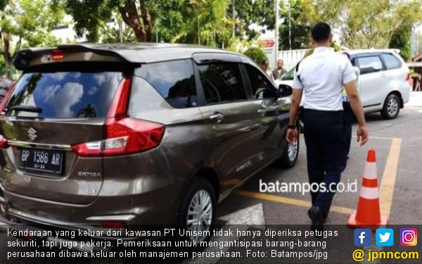 Karyawan Tahan Aset PT Unisem: Periksa Setiap Kendaraan yang Keluar Perusahaan - JPNN.com