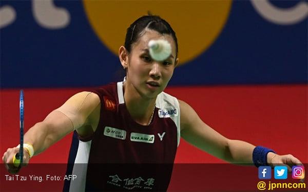 32 Menit! Peringkat 1 Dunia Kalah Memalukan di Semifinal Blibli Indonesia Open 2019 - JPNN.com