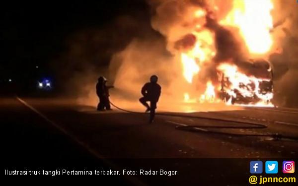 Truk Tangki Pertamina Terbakar, Tiga Orang Tewas - JPNN.com