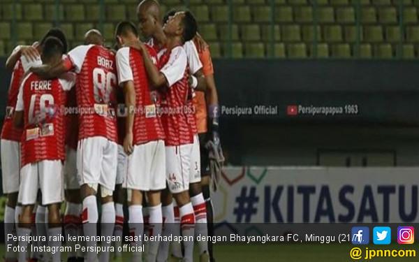 Lanjutkan Tren Positif, Persipura Naik ke Posisi 12 Klasemen Usai Gulung Bhayangkara FC - JPNN.com