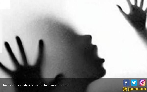 Gadis 18 Tahun Perkosa Bocah Lelaki Tiga Tahun - JPNN.com