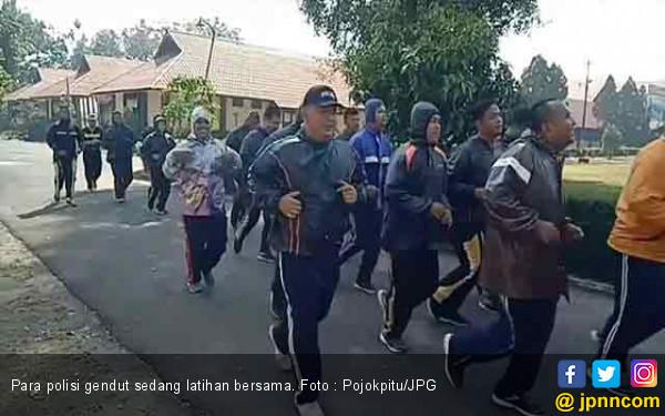 Horeee ! Berat Badan 50 Polisi Gendut Makin Menyusut - JPNN.com