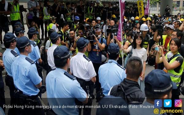 Pariwisata Hong Kong Hancur Lebur Gara-Gara Demonstrasi - JPNN.com