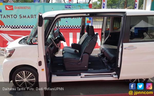 Membedah Keunggulan Teknologi Smart Assist di Daihatsu Tanto - JPNN.com