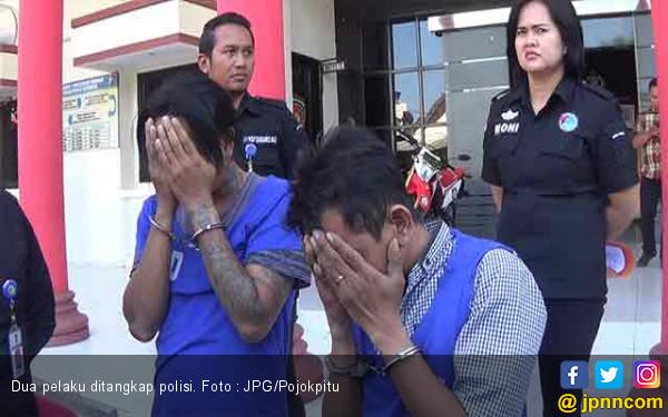 Dua Pria Ini Ditangkap Sedang dalam Mobil, Lagi Ngapain Mas ? - JPNN.com