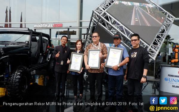 Protera dan Uniglobe Pecahkan Rekor MURI di GIIAS 2019 - JPNN.com