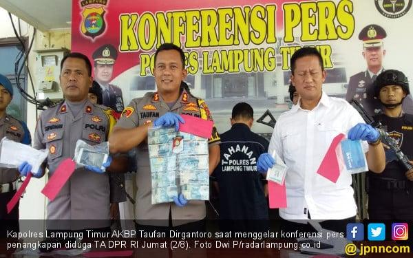 Pria Diduga Tenaga Ahli DPR RI Kena OTT Tim Saber Pungli di Lamtim - JPNN.com