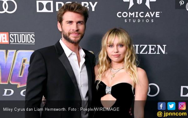 Baru Resmi Menikah 8 Bulan lalu, Miley Cyrus dan Liam Hemsworth Dikabarkan Cerai - JPNN.com