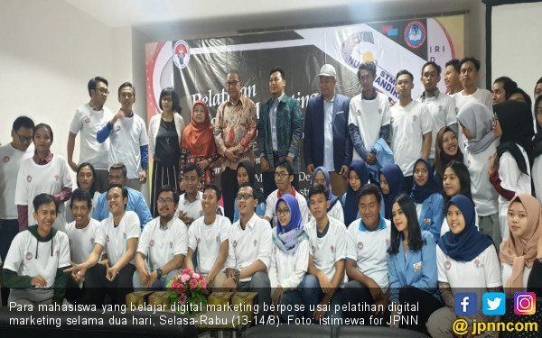 Kemenpora Gelar Pelatihan Digital Marketing di Kampus STMIK Nusa Mandiri - JPNN.com