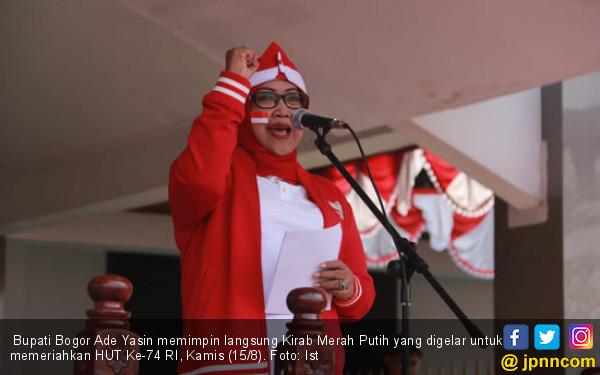 Pimpin Kirab Merah Putih, Bupati Bogor Ade Yasin Ingatkan Persatuan - JPNN.com
