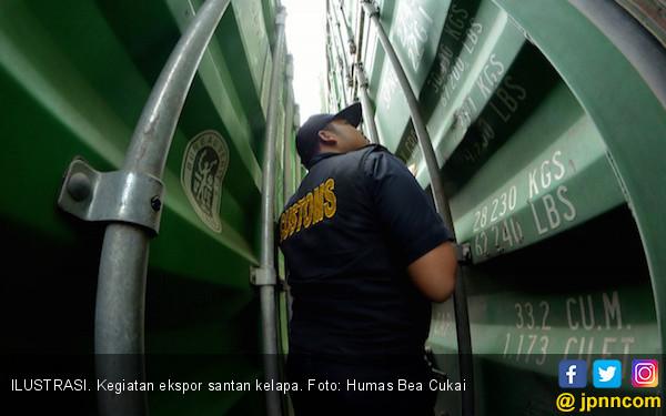 Bea Cukai Bantu Ekspor Perdana Santan Kelapa dari Palembang - JPNN.com