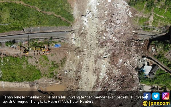 Garap Proyek Kereta Api, 17 Buruh Tiongkok Tertimbun Longsor - JPNN.com
