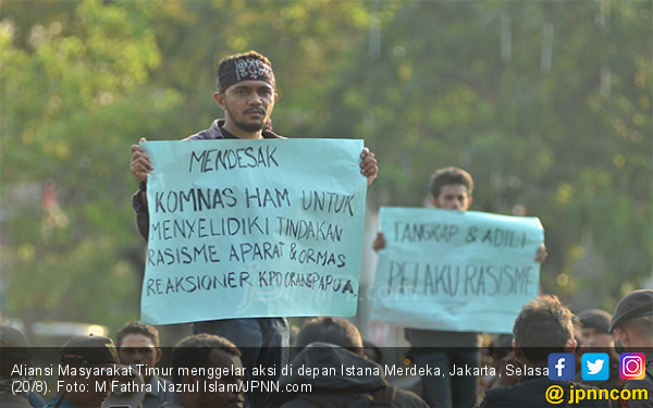 Massa di Depan Istana Merdeka Minta Ketegasan Jokowi soal Kasus Papua - JPNN.com