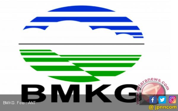 BMKG Beri Peringatan Gelombang Tinggi di Sejumlah Perairan Indonesia - JPNN.com
