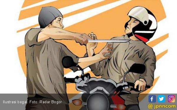 Begal Sadis, Driver Ojol di Bandung Ditusuk, Duit Dirampas - JPNN.com