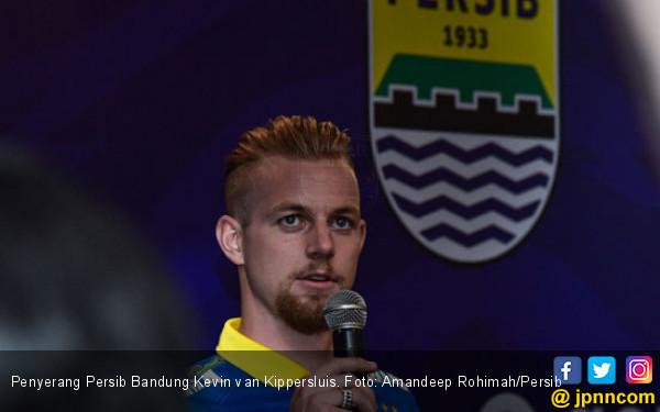 Kabar Terbaru Kondisi Bintang Persib Kevin van Kippersluis - JPNN.com