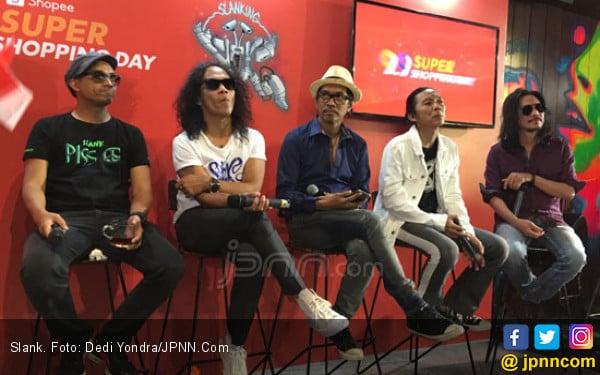 Slank Buat Lagu untuk Pahlawan Jalanan di Masa Pandemi Corona - JPNN.com