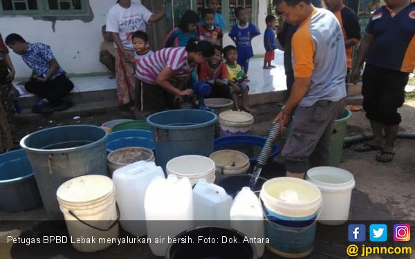 Lima Kecamatan di Kabupaten Lebak Dapat Pasokan Air Bersih - JPNN.com