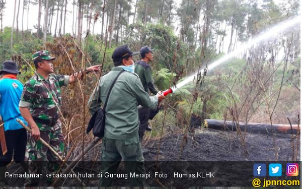 Hotspot Naik, KLHK Gencarkan Water Booming di Kalimantan - JPNN.com