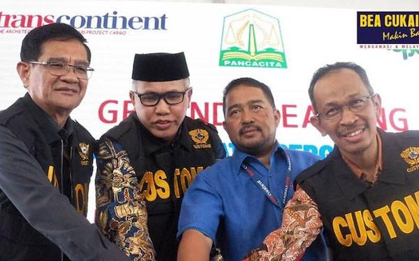 Bea Cukai Aceh Beri Fasilitas PLB PT Trans Continent - JPNN.com