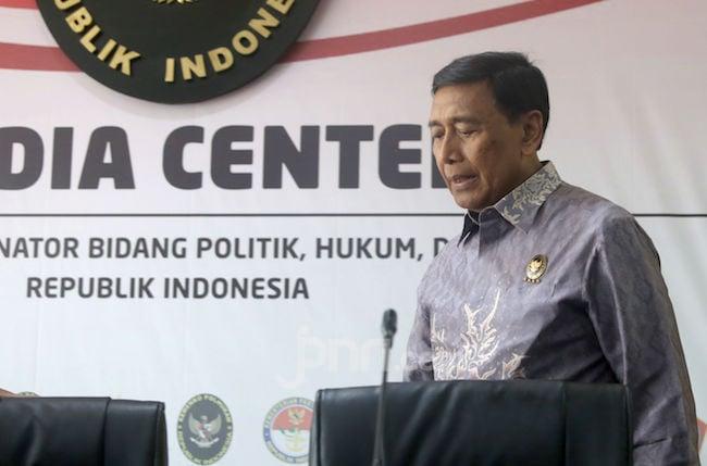 Fahri Hamzah Minta Kasus Penyerangan Terhadap Wiranto Diungkap Tuntas - JPNN.com