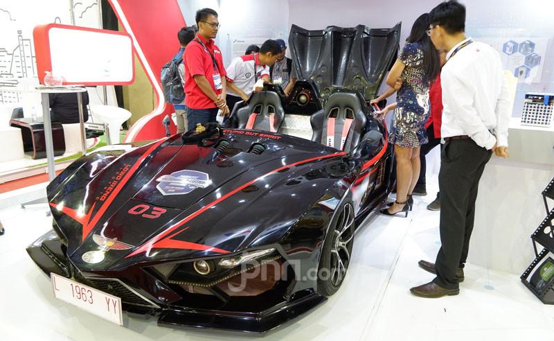 Menristekdikti Sebut Mobil Listrik Indonesia Tinggal Mencari Industri Untuk Produksi - JPNN.com