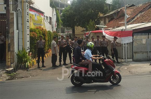 Kubu Bamsoet Bakal Gelar Rapat Pleno, Kantor DPP Golkar Dijaga Ketat Kepolisian - JPNN.com