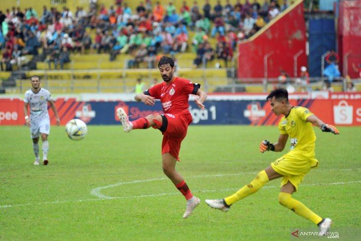 Jelang Putaran Kedua, Semen Padang Lepas Dua Pemain Asing - JPNN.com